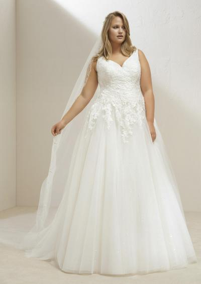 Pronovias Plus Hochzeitskleid Mary plus#9880