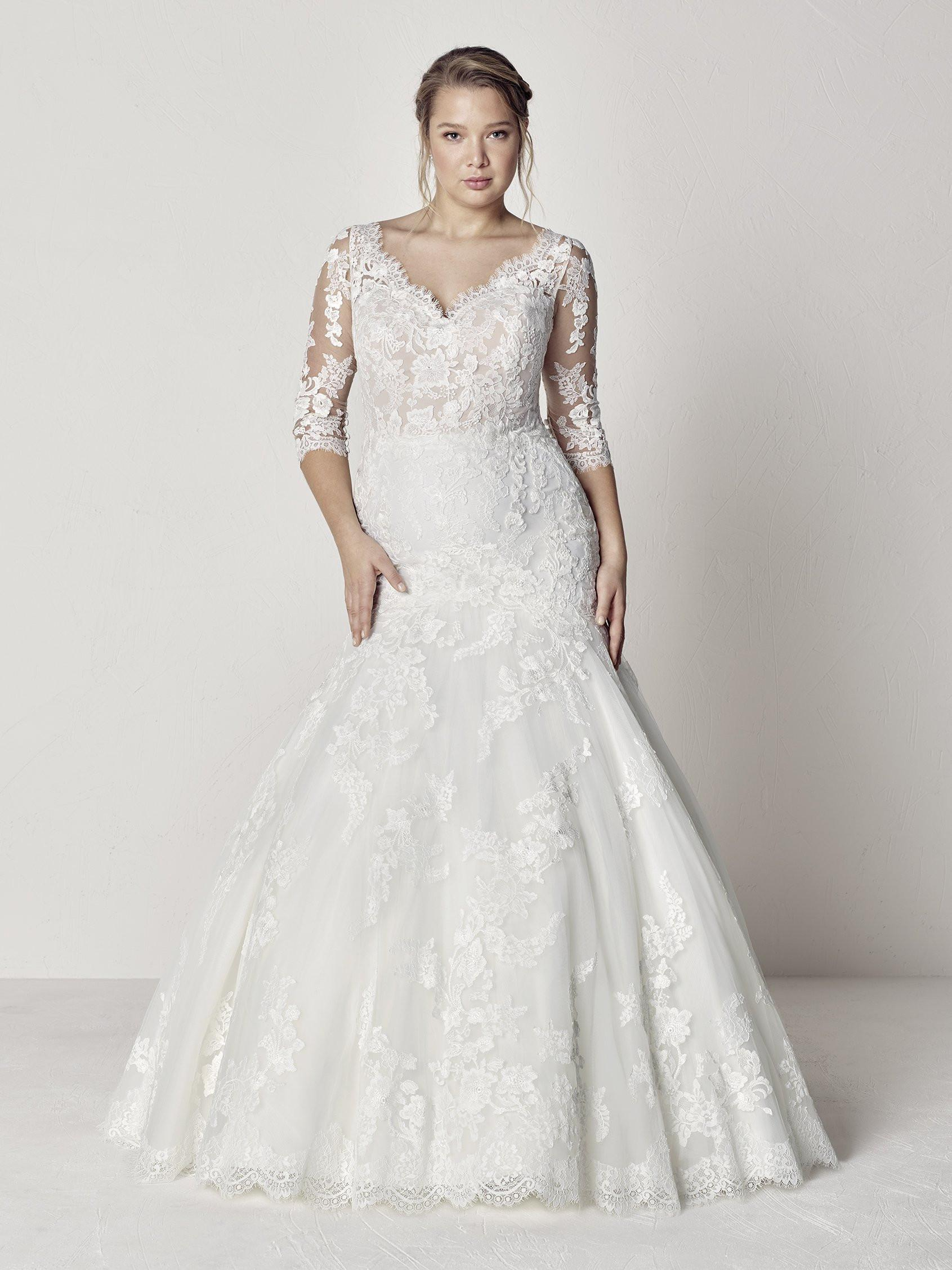 Pronovias Plus Trouwjurk Evelyn plus#9827